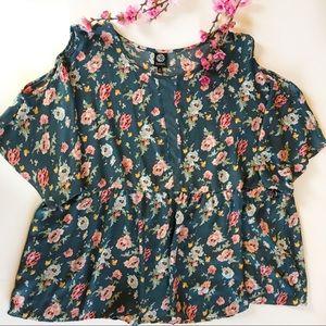 BOBEAU 3x cold shoulder floral lightweight blouse